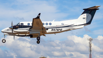 N476PB - Beechcraft B300 King Air 350i - AirShare