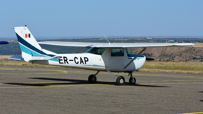 ER-CAP - Cessna 150G - Private