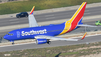 N7851A - Boeing 737-7Q8 - Southwest Airlines