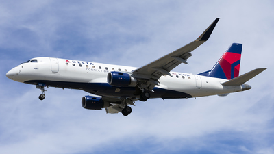 A picture of N243SY - Embraer E175LR - Delta Air Lines - © Michael Rodeback