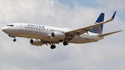 N35271 - Boeing 737-824 - United Airlines