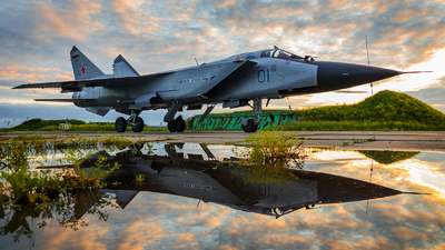 01 - Mikoyan-Gurevich MiG-31BS Foxhound - Russia - Air Force