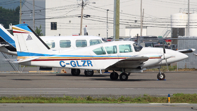 C-GLZR - Piper PA-23-250 Aztec - Private