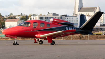 A picture of N18AT - Cirrus SF50 Vision - [0078] - © Łukasz Stawiarz