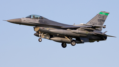 90-0700 - General Dynamics F-16C Fighting Falcon - United States - US Air Force (USAF)