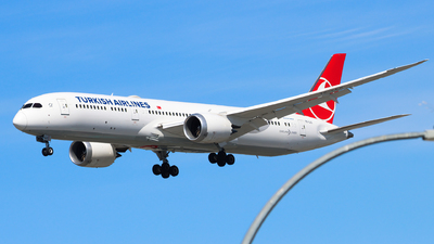 A picture of TCLLC - Boeing 7879 Dreamliner - Turkish Airlines - © Luft Spotter
