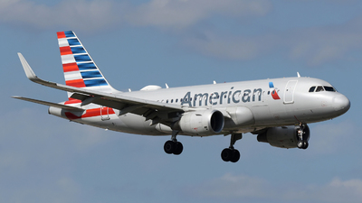 A picture of N9018E - Airbus A319115 - American Airlines - © DJ Reed - OPShots Photo Team