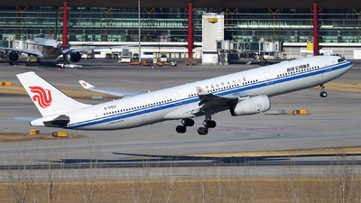 B-6512 - Airbus A330-343 - Air China
