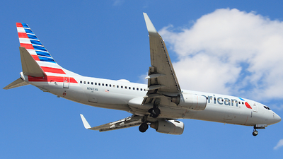 N942AN - Boeing 737-823 - American Airlines