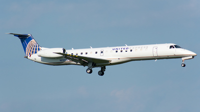 N13913 - Embraer ERJ-145LR - United Express (ExpressJet Airlines)