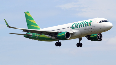 A picture of PKGQK - Airbus A320214 - Citilink - © M. Raykahn Ariga