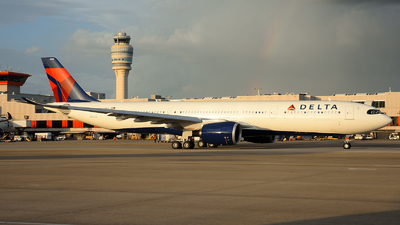 A picture of N410DZ - Airbus A330941 - Delta Air Lines - © Agustin Anaya