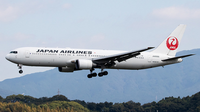 JA8988 - Boeing 767-346 - Japan Airlines (JAL)