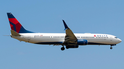 A picture of N822DN - Boeing 737932(ER) - Delta Air Lines - © Carlos Nieves