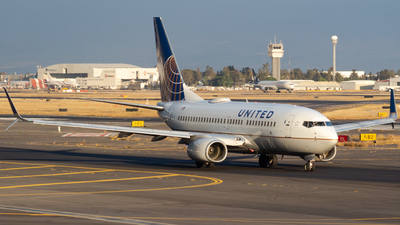 A picture of N17730 - Boeing 737724 - United Airlines - © Miguel Fiesco (MMMX Spotter)