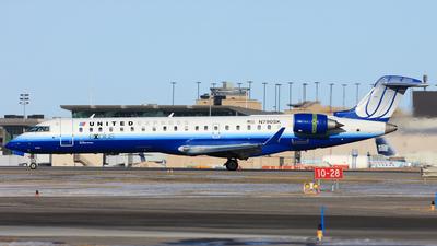 N790SK - Bombardier CRJ-701ER - United Express (SkyWest Airlines)