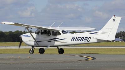 A picture of N1688C - Cessna 172S Skyhawk SP - [172S10612] - © Orlando Suarez