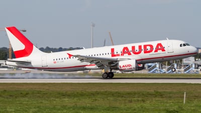 OE-LOR - Airbus A320-214 - LaudaMotion