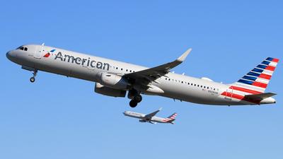 A picture of N928AM - Airbus A321231 - American Airlines - © Eddie Heisterkamp