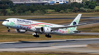 A picture of XAADL - Boeing 7879 Dreamliner - Aeromexico - © Alessandro Iglesias