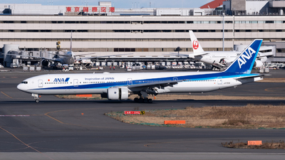JA756A - Boeing 777-381 - All Nippon Airways (ANA)