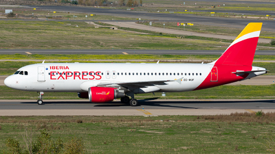 A picture of ECMUF - Airbus A320214 - Iberia Express - © Enrique Rubira