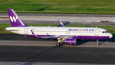 B-1817 - Airbus A320-214 - West Air