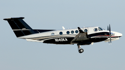 N140KA - Beechcraft B200GT Super King Air - Private