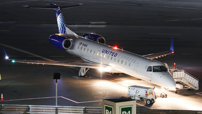 N14186 - Embraer ERJ-145XR - United Express (Commutair)