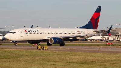 N371DA - Boeing 737-832 - Delta Air Lines