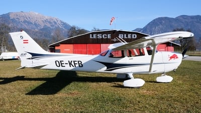 OE-KFB - Cessna 172S Skyhawk SP - Private