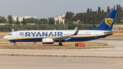A picture of 9HQAC - Boeing 7378AS - Ryanair - © Giuseppe Gattullo - Plane Spotters Bari