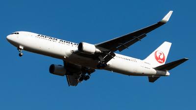 A picture of JA608J - Boeing 767346(ER) - Japan Airlines - © Brock L
