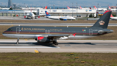 JY-AYS - Airbus A320-232 - Royal Jordanian