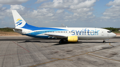 N420US - Boeing 737-401 - Swift Air