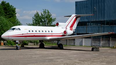 UR-YVS - Yakovlev Yak-40 - Private