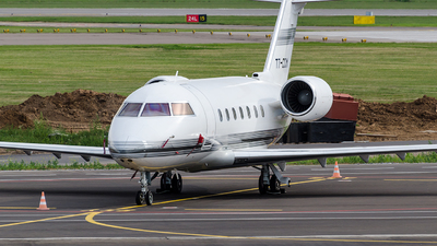 T7-CCM - Bombardier CL-600-2B16 Challenger 601-3R - Private