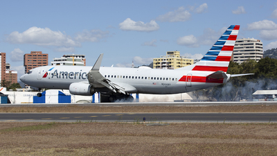 A picture of N306NY - Boeing 737823 - American Airlines - © Hansen Gt