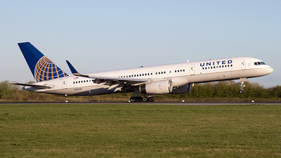 N29129 - Boeing 757-224 - United Airlines