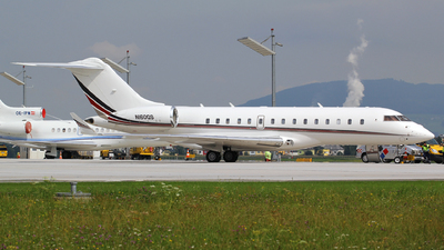 N160QS - Bombardier BD-700-1A10 Global 6000 - NetJets Aviation