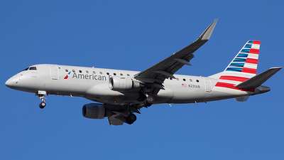 A picture of N231AN - Embraer E175LR - American Airlines - © Chrisjake