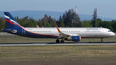 VQ-BTU - Airbus A321-211 - Aeroflot