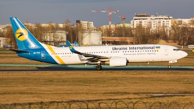 A picture of URPSZ - Boeing 73786N - Ukraine Int. Airlines - © Emil Zegnalek