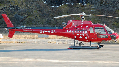 OY-HGA - Eurocopter AS 350B2 Ecureuil - Air Greenland