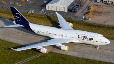 A picture of DABVM - Boeing 747430 - Lufthansa - © Lars Hentschel