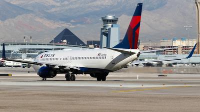 N37700 - Boeing 737-832 - Delta Air Lines