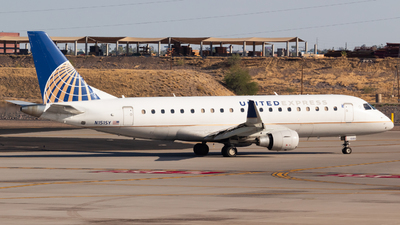 A picture of N151SY - Embraer E175LR - United Airlines - © Saul Hannibal