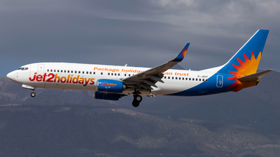A picture of GJZHT - Boeing 7378MG - Jet2 - © Jan H