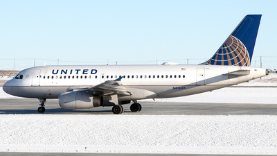 A picture of N816UA - Airbus A319131 - United Airlines - © Mike MacKinnon