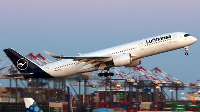 A picture of DAIXN - Airbus A350941 - Lufthansa - © Xiamen Air 849 Heavy